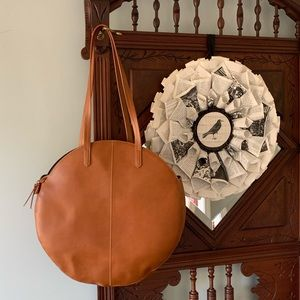 Round Universal Threads Non-Leather Tote